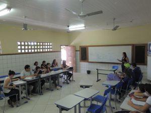 alunos-professor-sala-de-aula-brumado-noticias-95