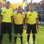 Juiz Pola com os auxiliares Samuel e Dom Ribeiro